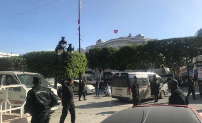 Tunisia woman's suicide bombing 'isolated act