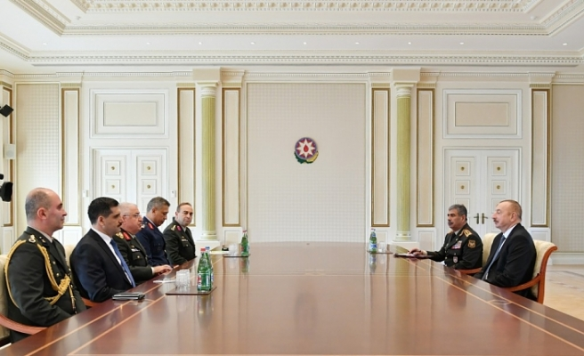 Azerbaijani president receives Turkish army chief