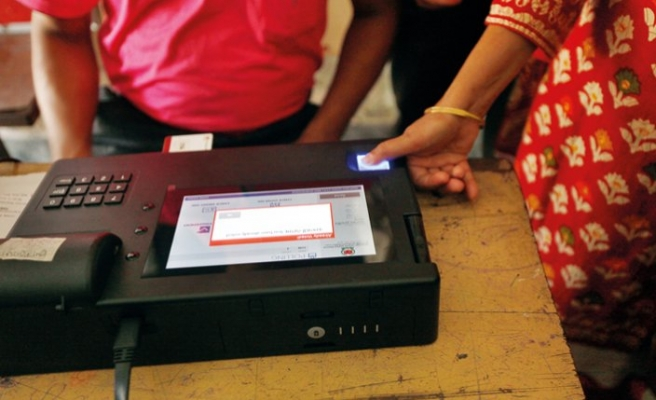 Bangladesh to use electronic voting machines in polls