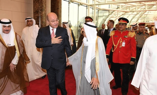 Iraq president visits UAE as part of Gulf tour