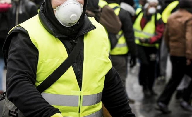 Yellow Vest protests spread to Canadian cities