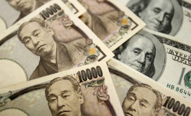 Merkel worried about currency manipulation, Japan