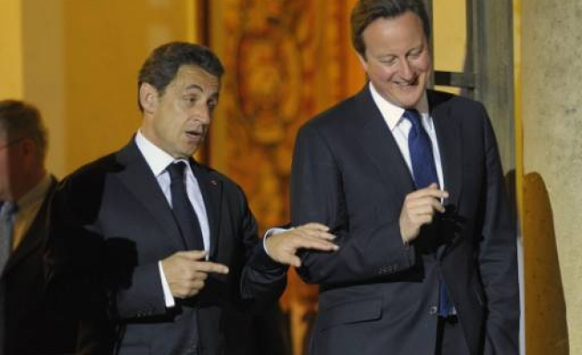 British and French leaders to visit Libya