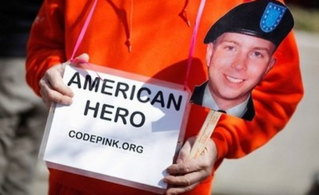 US judge rejects WikiLeaks soldier's request to dismiss case