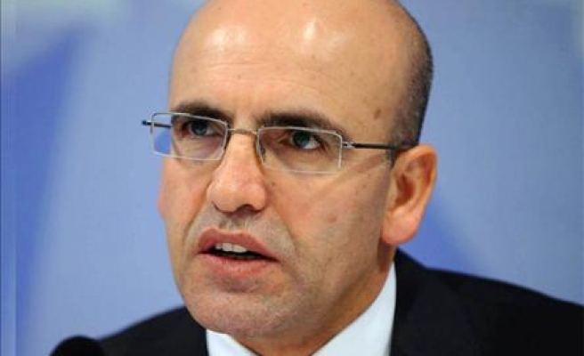 Minister says Turkey 'vulnerable' to external shocks