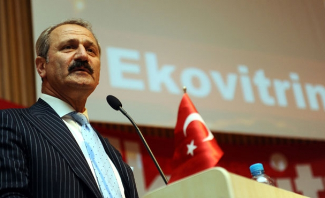 Minister calls on Hyundai to open factory in Turkey