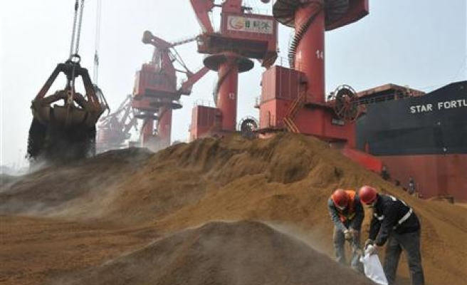 Illegal gold miners in South Africa missing 4 days