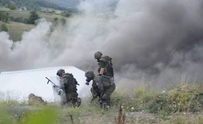 Ethnic Serbs fire at NATO troops in Kosovo