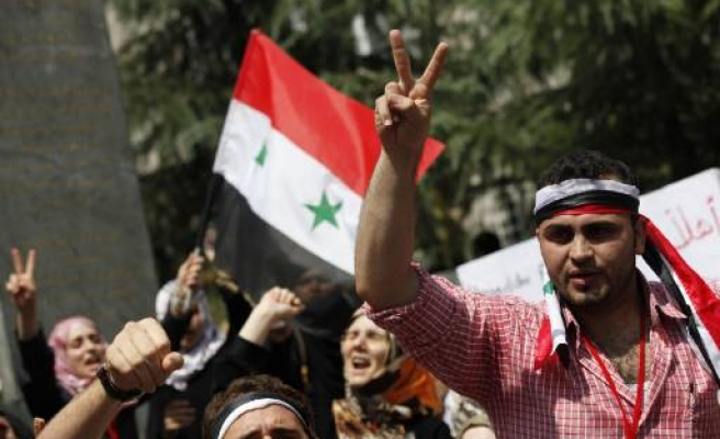 Activists call for UN observers in Syria