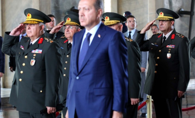 Turkish top military meeting concludes fourth-day amid reform reports