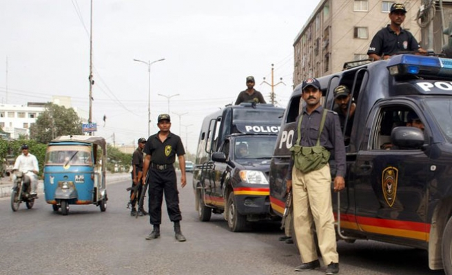 Pakistani security forces search troubled Karachi areas