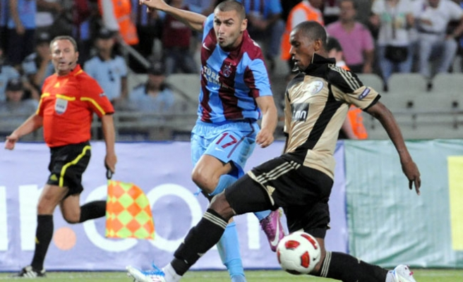 Turkey's Trabzonspor draw with Benfica 1-1 in UEFA Champions League