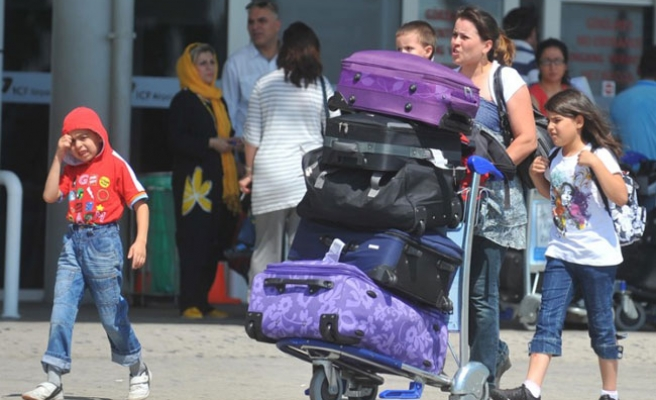 Turkey's tourism income to increase to $25 bln