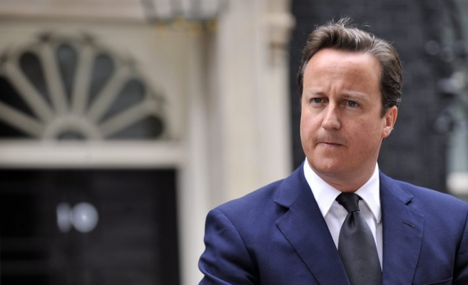 UK's Cameron deploys more police after riots