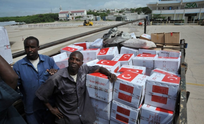 Campaigns continue in Turkey to assist hunger-hit Africa
