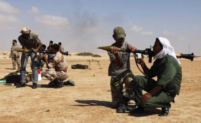 Western Libya rebels strike north towards Zawiyah