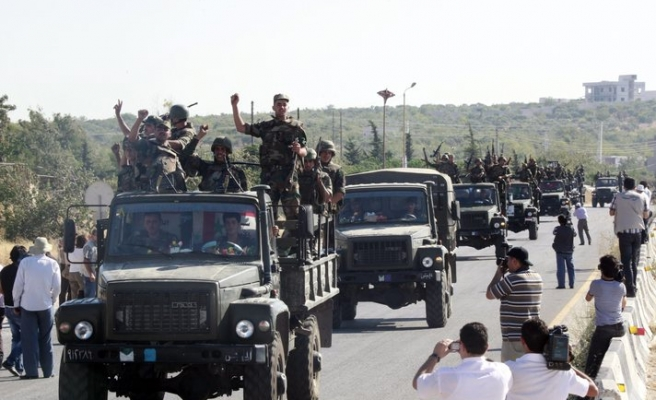 Syrian forces kill civilians in Homs
