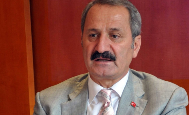 Turkish economy minister heads to USA for talks