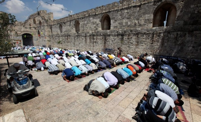 Gaza gov't warns against 'free Jew access' to Aqsa Mosque
