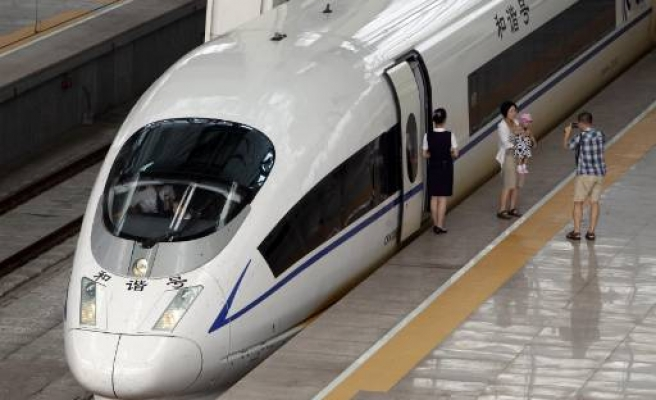 China recalls bullet trains over safety reasons