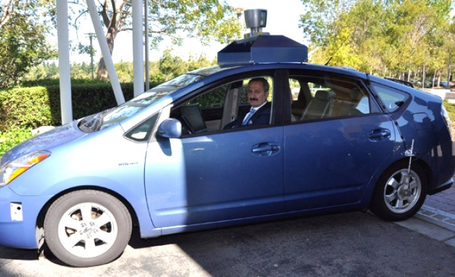 Unmanned car surprise to Turkish minister in Silicon Valley