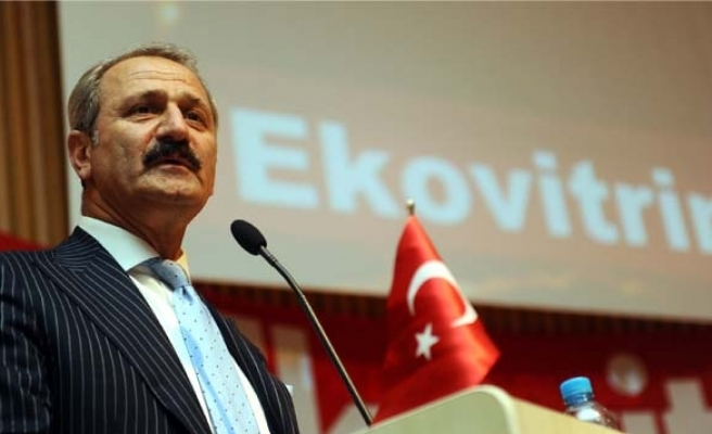 Turkish minister says Turkey safe haven for investments
