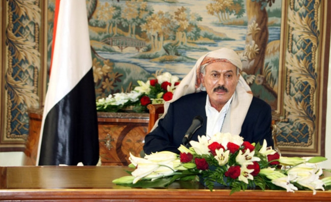 Saleh's party approves modified Yemen power plan