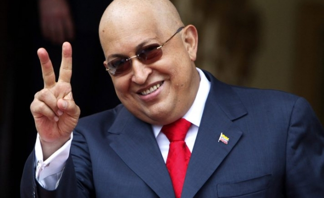 Chavez to have third chemo session in Venezuela