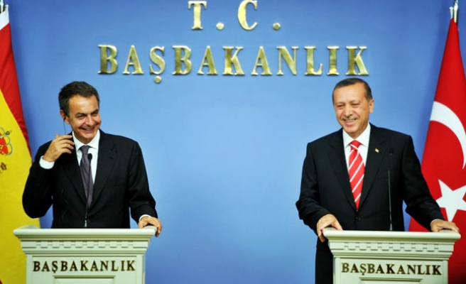 Turkey says year-end Spain economic ties to exceed $10 bln