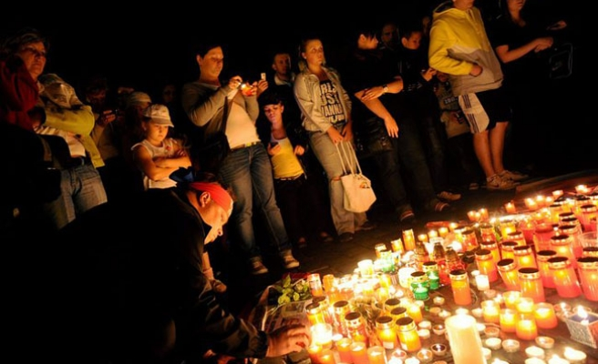 Russia mourns death of hockey team in plane crash