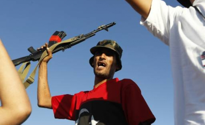 Foreign fighters also a 'threat' to Turkey