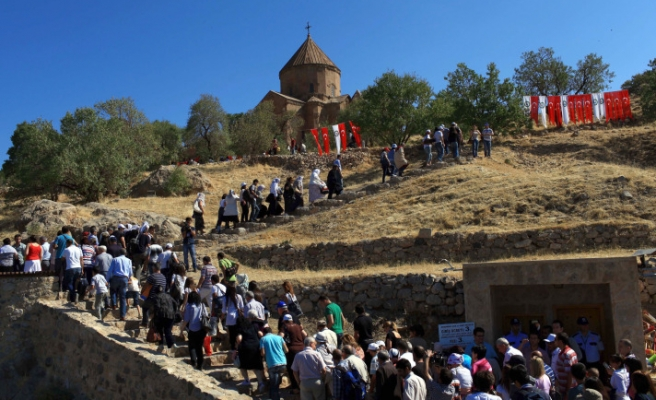 Historical Armenian church inTurkey holds second ceremony