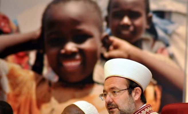 Turkish Religious Affairs collects 222.4 mln TL aids to Africa