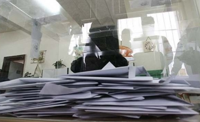 Latvians vote in early parliamentary elections