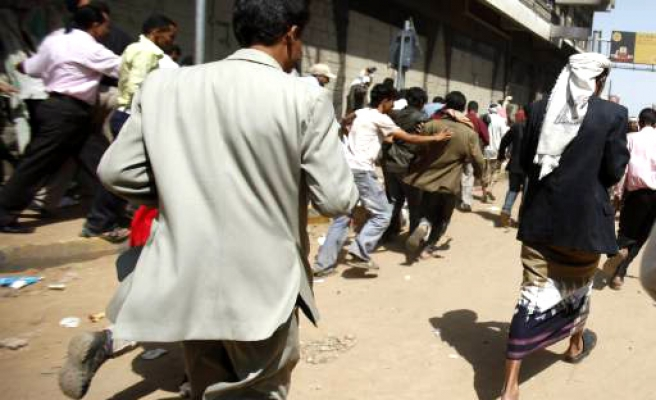 Many more protesters killed in Yemeni capital