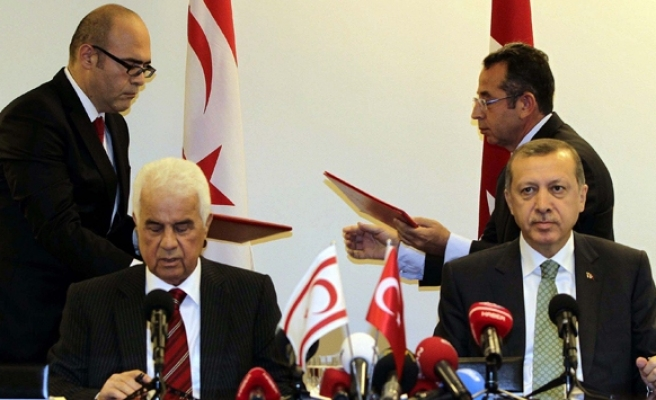 Turkey signs gas drilling deal with Turkish Cyprus