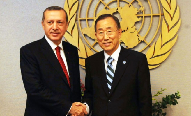 Erdogan requests from UN's Ban to make Istanbul center of UN