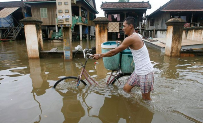 More deaths in Thailand, Cambodia floods
