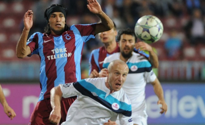 Turkey's Trabzonspor draw with Lille 1-1 in Champions League