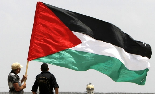 Irish government to accept motion to recognise Palestinian state
