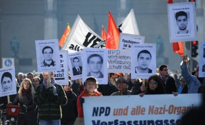 German spy chief quits in scandal over murders of Turks