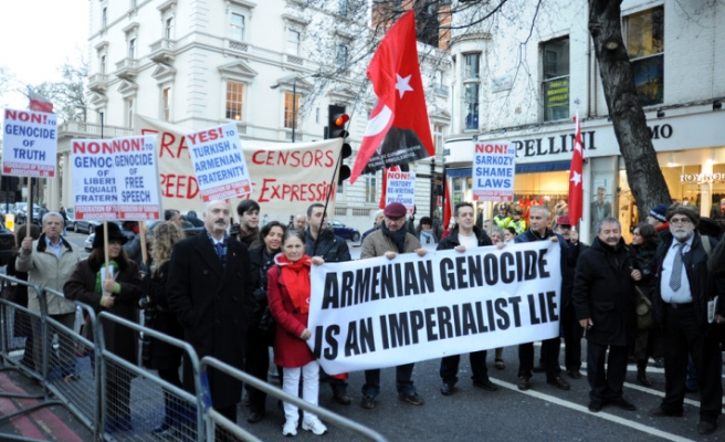 French court repeals 'genocide denial' law