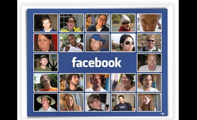Thai ministry sparks alarm with brief block of Facebook