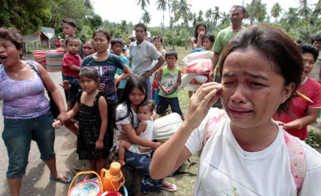 Philippines police question suspect in southern blast