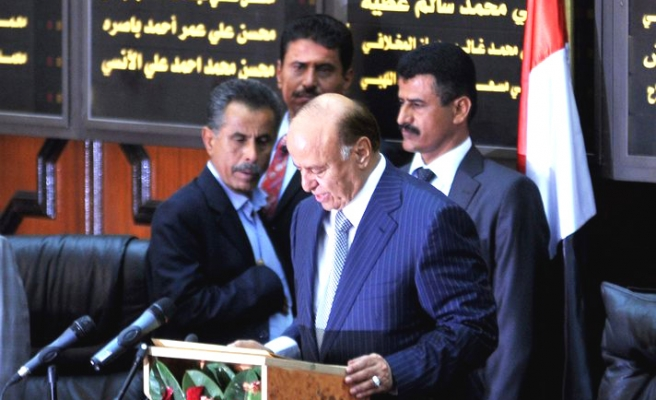 Yemen's Hadi withdraws resignation in letter to parliament