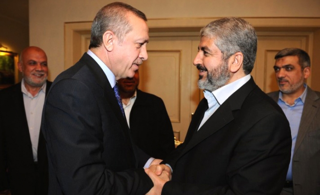 Turkish PM hosts Hamas leader in fast-breaking dinner