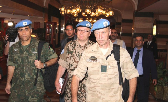 U.N. approves 30-day extension for Syria monitors