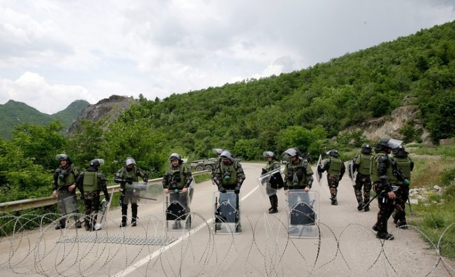 Kosovo to create national army of 5,000 soldiers