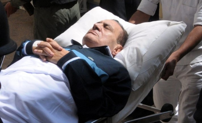 Mubarak to sue doctor over leaked voice recordings