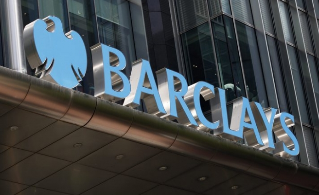 Eight arrested over alleged Barclays theft